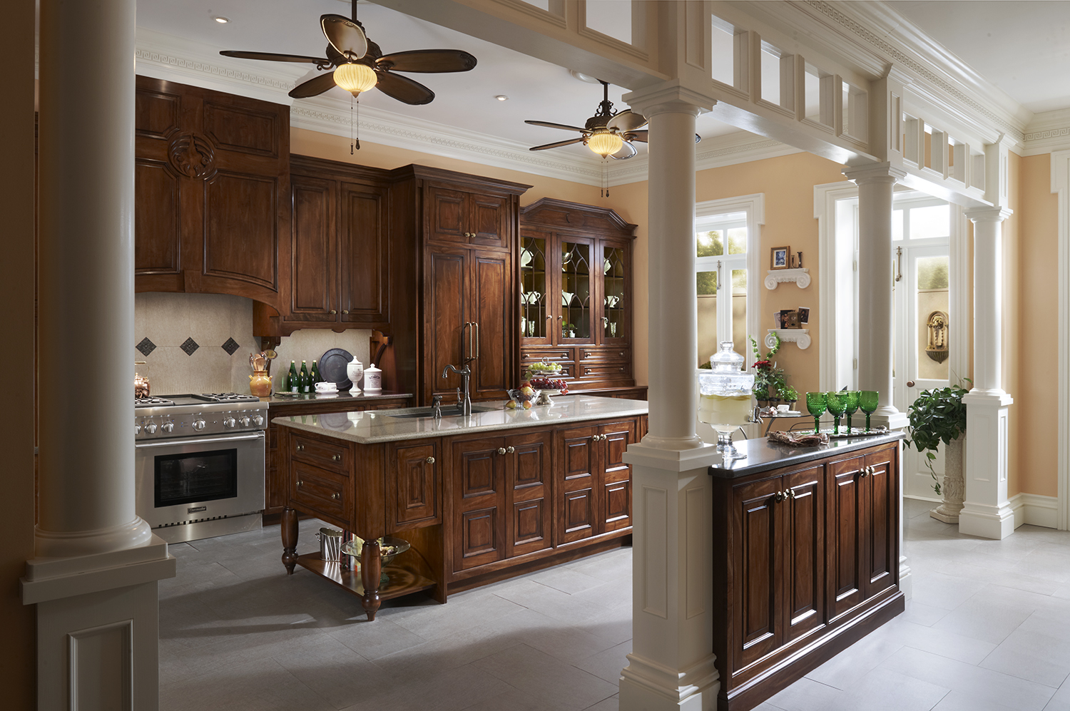 Southern Reserve Kitchen by Wood-Mode