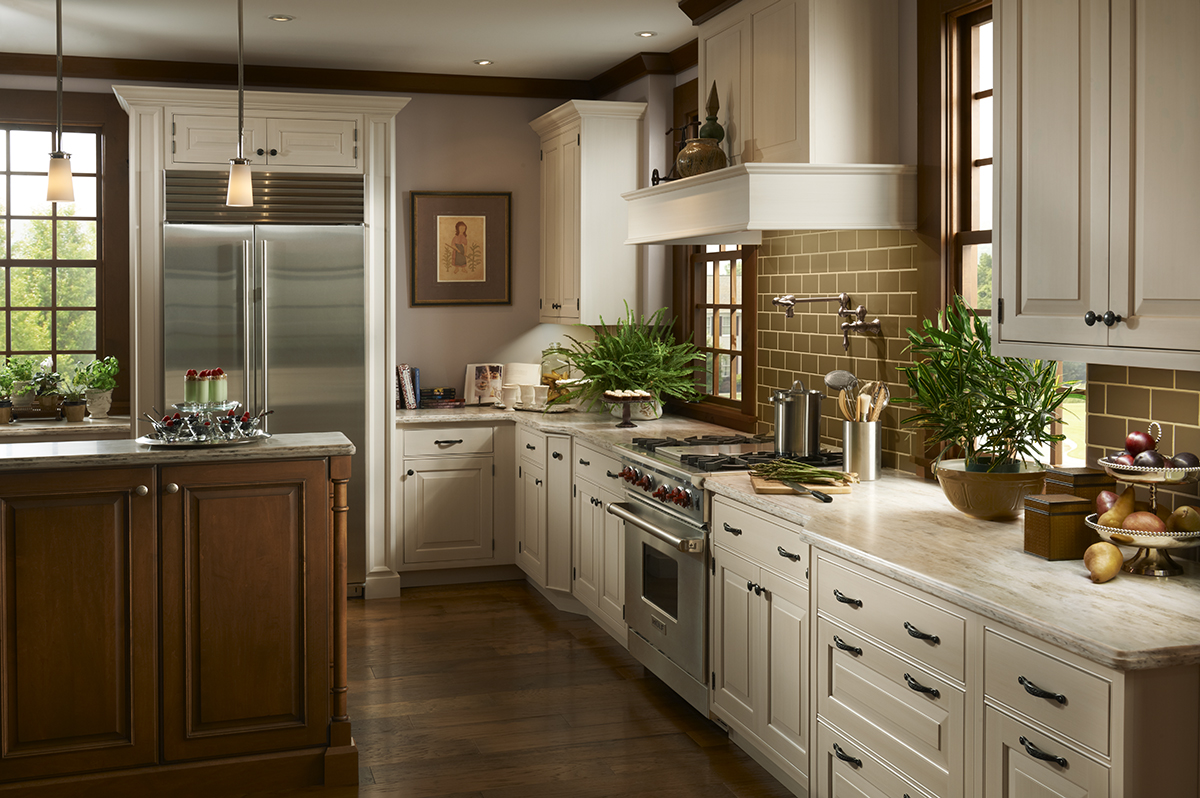 Woodland Meadows Kitchen by Brookhaven