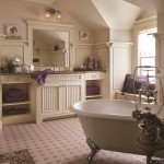 Cape Cod Bathroom by Brookhaven