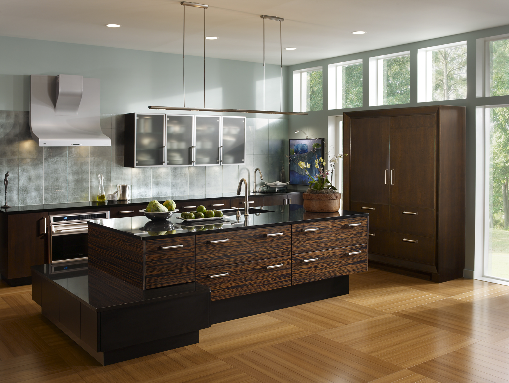 Connoisseur Kitchen by Wood-Mode