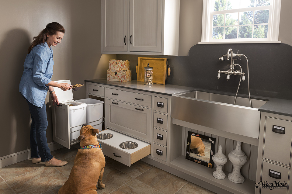 Custom cabinet designs custom kitchen cabinets designs - Custom bathroom vanities houston ...