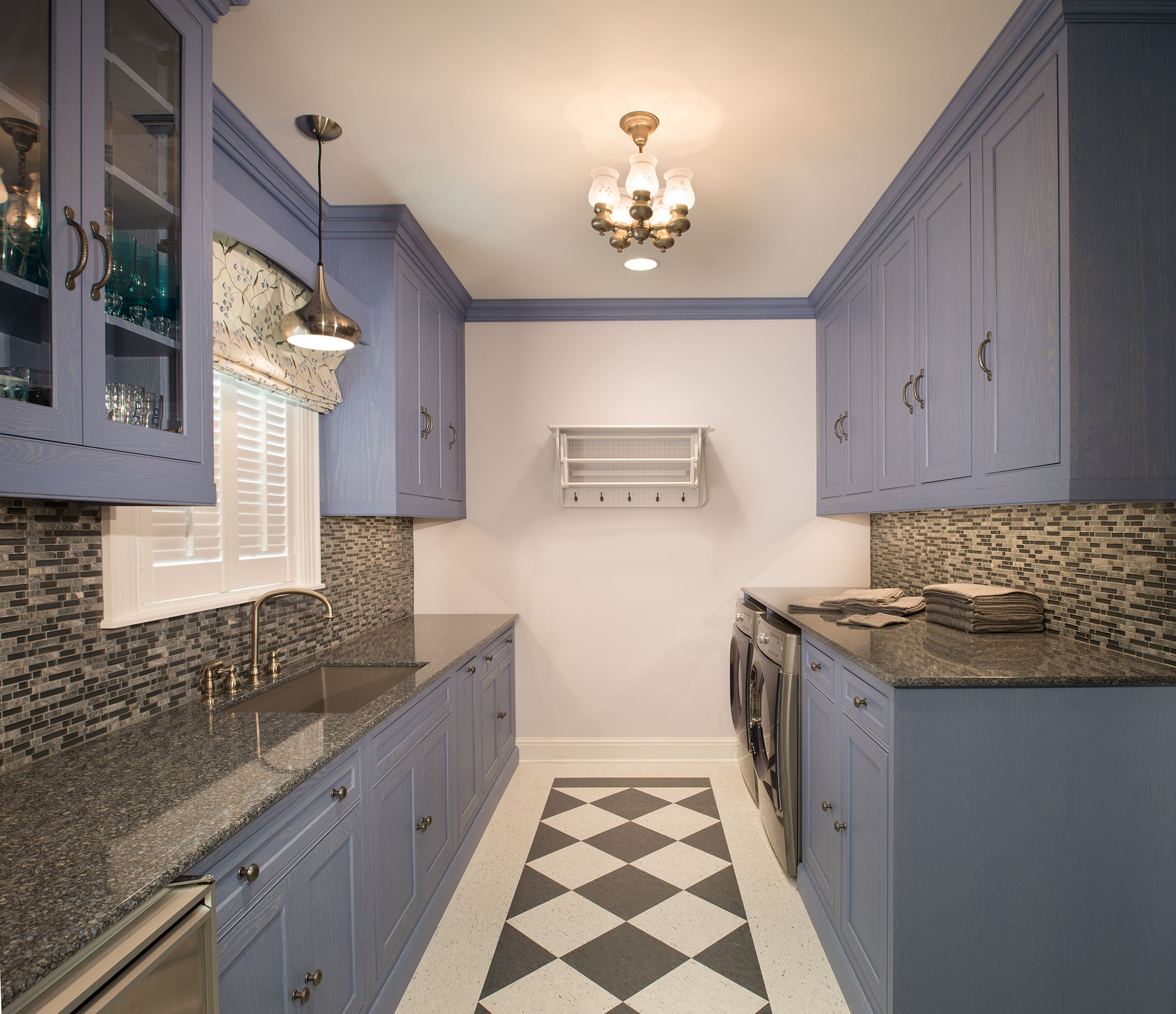 Houston Home with Kitchen, Butler's Pantry and Pet Parlor